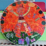 Le cycle de la vie - École Jean-Nicolet, Montréal-Nord, Élèves du 2e cycle du primaire, Monotype et gravure sur polystyrène sur papier, marouflé sur bois, 122x 122 cm