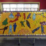Mon groupe - École Jonathan Phare, St-Laurent, Acrylique et collage sur bois, 122 x 244 cm